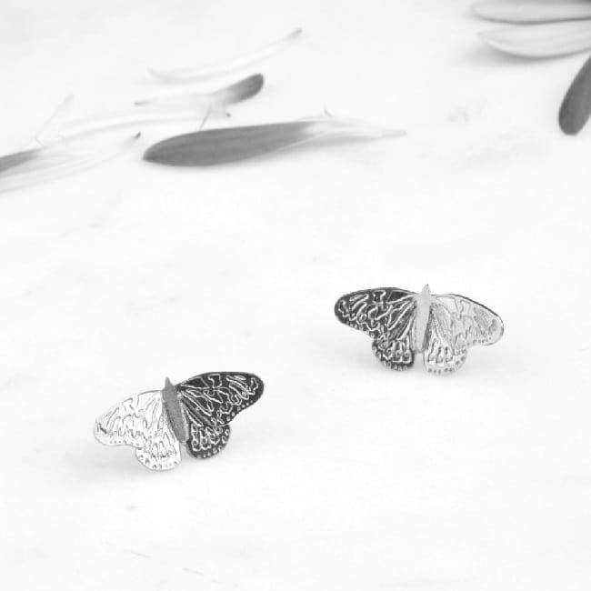 Srebrne Kolczyki z Motylem