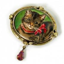 Broszka z kotem
