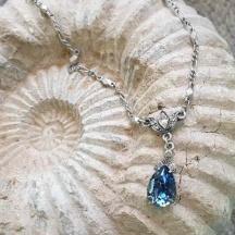 Wisiorek szafirowy kryształ