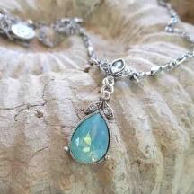 Wisiorek łezka opal