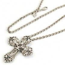 Naszyjnik kryształowy krzyż