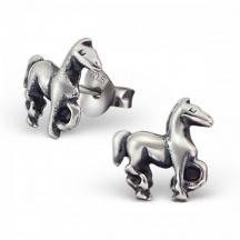 srebrne kolczyki z konikiem
