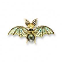 Złota Broszka z Nietoperzem